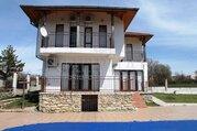 Дом с бассейном в 27 км от Варна - Фото 1