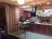 Продается комфортабельная стильная двухкомнатная квартира - Фото 1