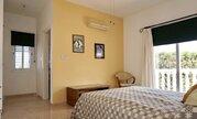 850 000 €, Шикарная 5-спальная вилла с панорамным видом на море в регионе Пафоса, Продажа домов и коттеджей Пафос, Кипр, ID объекта - 503913360 - Фото 32