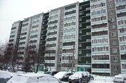 Продам 2-х.к.кв-ру--48кв.м.Крестинского 49к1.