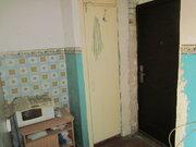 550 000 Руб., Продаю 2х ком. гостинку 23 кв.м. без ремонта., Продажа квартир в Кургане, ID объекта - 328342978 - Фото 4