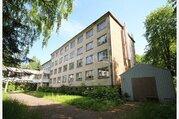 Здание бывшего санатория в Юрмале в Булдури возле парка - Фото 5