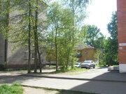 Продам 1-комнатную квартиру , брежневка , средний этаж, на ул. Пирогов .