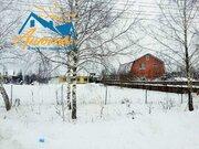 Участок в деревне Бухловка.