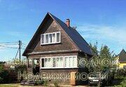 Дом, Киевское ш, 31 км от МКАД, Санники, В деревне. Дом 2-х этажный .