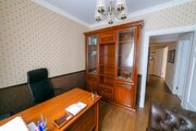 4-х комнатная квартира с дизайнерским ремонтом по пр. Строителей 21к - Фото 4