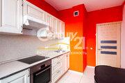 Продается 2-к. квартира, ул. Игоря Мерлушкина, д. 3 - Фото 1