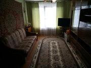 Продажа двухкомнатной квартиры в Крестцах - Фото 1