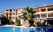 Впечатляющий трехкомнатный апартамент недалеко от моря в Пафосе