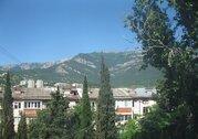 Продажа квартиры в Ялте по улице Цветочная с видом на горы., Купить квартиру в Ялте по недорогой цене, ID объекта - 320251681 - Фото 1