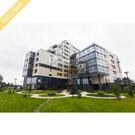 """Продается квартира с видом на озеро и город, в ЖК """"Аквамарин"""", Купить квартиру в Петрозаводске по недорогой цене, ID объекта - 321688605 - Фото 1"""