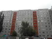 Продаю 3-комнатную квартиру на Лаптева, д.4, Купить квартиру в Омске по недорогой цене, ID объекта - 320526106 - Фото 4