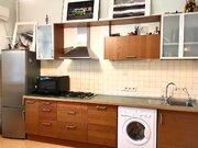 Продам 1-комнатную квартиру в элитном доме в центра города. - Фото 1