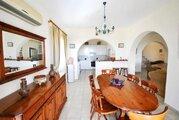 590 000 €, Шикарная 4-спальная Вилла с панорамным видом на море в районе Пафоса, Купить дом Пафос, Кипр, ID объекта - 502662087 - Фото 15