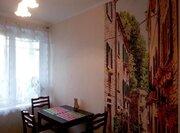 Продается однокомнатная квартира: большая кухня, двойная застекленная - Фото 2