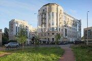 Большая пятикомнатная квартира в элитном доме