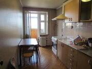 Продается 3-комнатная квартира в кирпичном доме в Чехове
