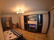 Продажа двухкомнатной квартиры на Октябрьской улице, 380 в Черкесске, Купить квартиру в Черкесске по недорогой цене, ID объекта - 319818806 - Фото 1