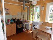 Ухоженный двухкомнатный бревенчатый дом в пос. Петровский - Фото 5