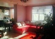 Продажа 2-комнатной квартиры, улица Шелковичная 60/62, Саратов, Купить квартиру в Саратове по недорогой цене, ID объекта - 320470669 - Фото 1