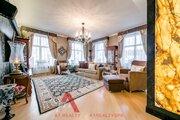 Элитная квартира с авторским дизайном на Петровском острове
