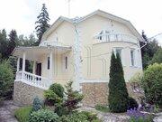 Просторный дом классического стиля на ландшафтном участке в лесном . - Фото 1
