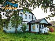 Кирпичный дом в деревне Ольхово на берегу реки Нара Жуковского района.