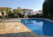 Шикарный трехкомнатный апартамент с панорамным видом на море в Пафосе, Купить квартиру Пафос, Кипр, ID объекта - 327881429 - Фото 3
