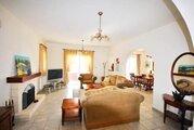 590 000 €, Шикарная 4-спальная Вилла с панорамным видом на море в районе Пафоса, Купить дом Пафос, Кипр, ID объекта - 502662087 - Фото 12