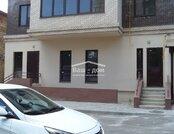 Продается 2 комнатная квартира в новом доме в Нахичевани, пл. Свободы.
