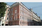 3-комнатная квартира с kaмином в историческом доме в центре Риги