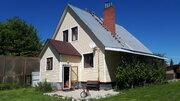 Дом 190кв.м. с коммуникациями + гостевой дом с беседкой, в п.Заокском - Фото 1