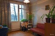 Продаётся уютная светлая двухсторонняя 4 к.кв в окружении зеленых двор - Фото 2