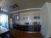 Продается 2-комнатная квартира с ремонтом по ул. Калинина 4