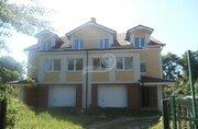 Продается дом, площадь строения: 426.40 кв.м, площадь участка: 12.00 .