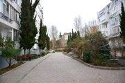 Продам трехкомнатную квартиру на улице Платановая 1, Алушта. - Фото 2