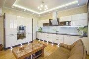 Продам 2-этажн. коттедж 250 кв.м. Тюмень