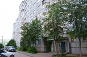 Продажа 2-комнатной квартиры, 50.7 м2, проспект Строителей, д. 17к1, . - Фото 1