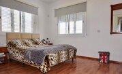 380 000 €, Впечатляющая 4-спальная вилла рядом с Международной школой в Пафосе, Продажа домов и коттеджей Пафос, Кипр, ID объекта - 503671020 - Фото 12