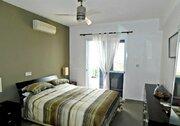 Шикарный трехкомнатный апартамент с панорамным видом на море в Пафосе, Купить квартиру Пафос, Кипр, ID объекта - 327881429 - Фото 13