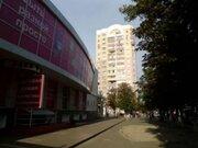 Продажа двухкомнатной квартиры на Преображенской улице, 84 в Белгороде, Купить квартиру в Белгороде по недорогой цене, ID объекта - 319752277 - Фото 1
