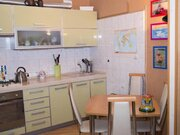 Продажа трехкомнатной квартиры на улице Билибина, 13 в Калуге, Купить квартиру в Калуге по недорогой цене, ID объекта - 319812807 - Фото 2