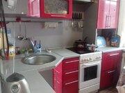 Продажа двухкомнатной квартиры на улице Григория Чорос, Купить квартиру в Горно-Алтайске по недорогой цене, ID объекта - 320171486 - Фото 1