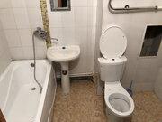 Аренда 3-комн. квартиры, 42.4 м2, этаж 2 из 3, Аренда квартир в Обнинске, ID объекта - 327093172 - Фото 2
