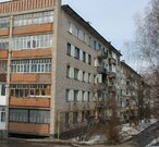 2 комнатная квартира юзр Чебоксар, кирпичный дом, средний этаж