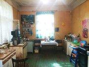 Комната в отличном состоянии, сделан ремонт, окно пвх, новая дверь, ., Купить комнату в квартире Ярославля недорого, ID объекта - 700889891 - Фото 1
