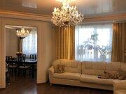Продается большая трехкомнатная квартира с дизайнерским ремонтом
