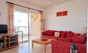 Прекрасный трехкомнатный апартамент у моря и с видом на море в Пафосе, Купить квартиру Пафос, Кипр по недорогой цене, ID объекта - 323114143 - Фото 14