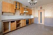 Продам большую и удобную 3-к. квартиру на Композиторов, д. 7 - Фото 1