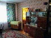 Продажа двухкомнатной квартиры на улице Полухина, 12 в Мурманске